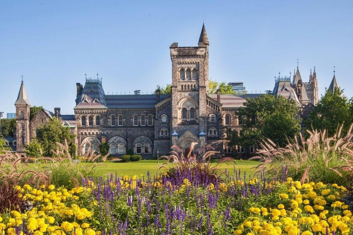 Trường đại học Canada